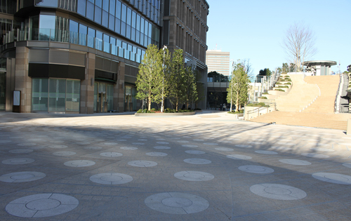 Hibiya step open space (the outdoors)