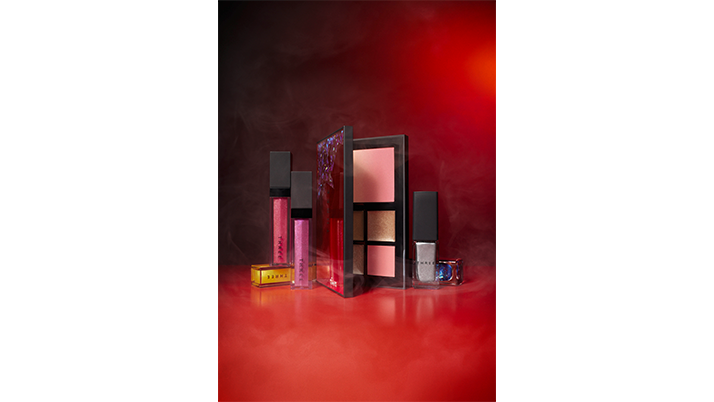 THREE  2020  HOLIDAY MAKEUP COLLECTION